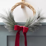 1-DIY Simple Evergreen Wreath