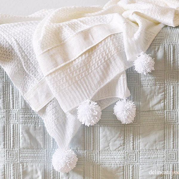 Pom Pom Throw Blanket