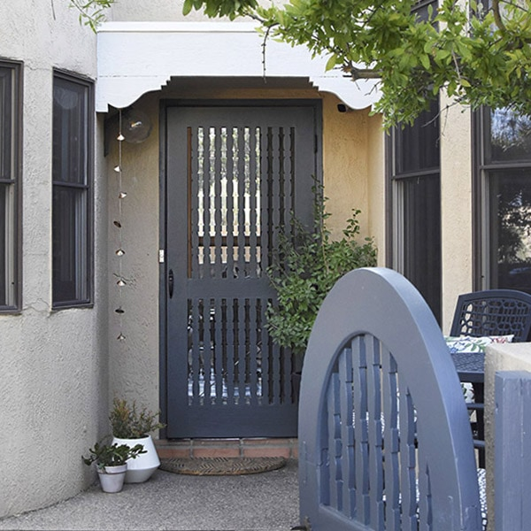 1-Painting Outdoor Gates