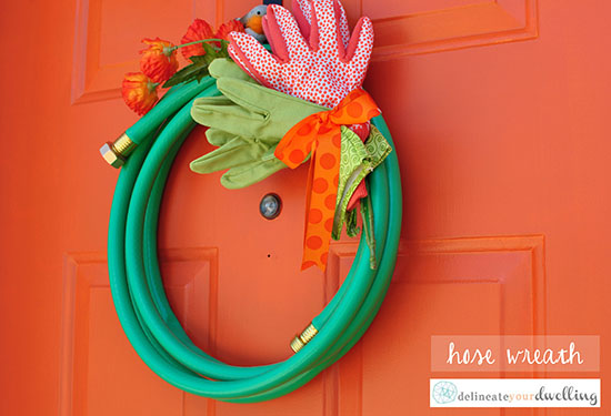 See how to take those Spring time Yard Tools and turn them into a fun seasonal wreath! Such a great way to re-use and turn into Front Door decor.  Delineate Your Dwelling #springfrontdoor