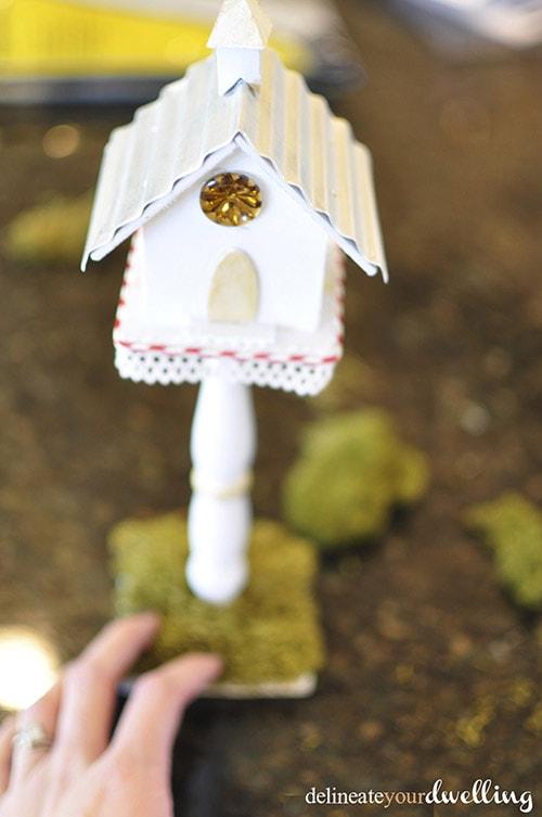 Winter Birdhouse moss, Delineateyourdwelling.com