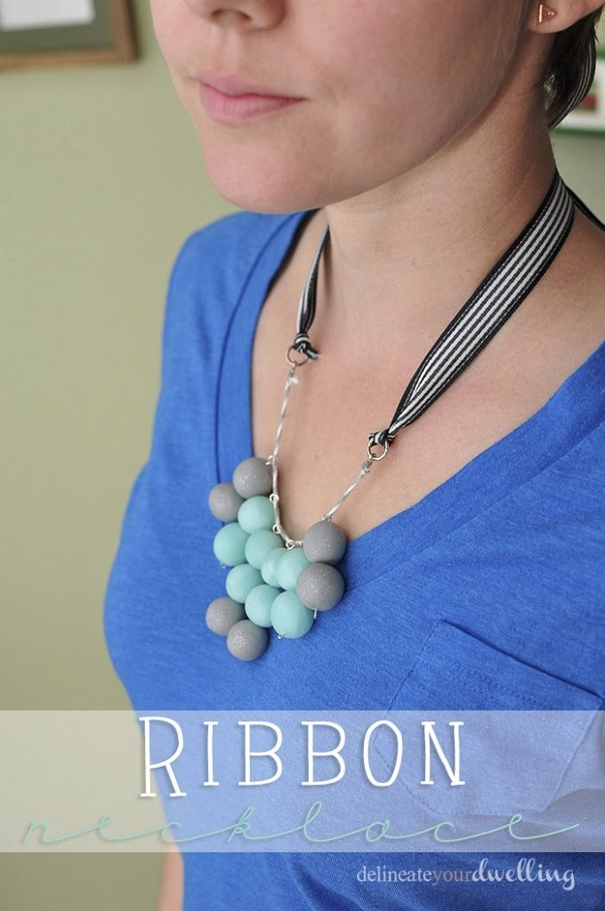 7-ribbon-necklace-wearing