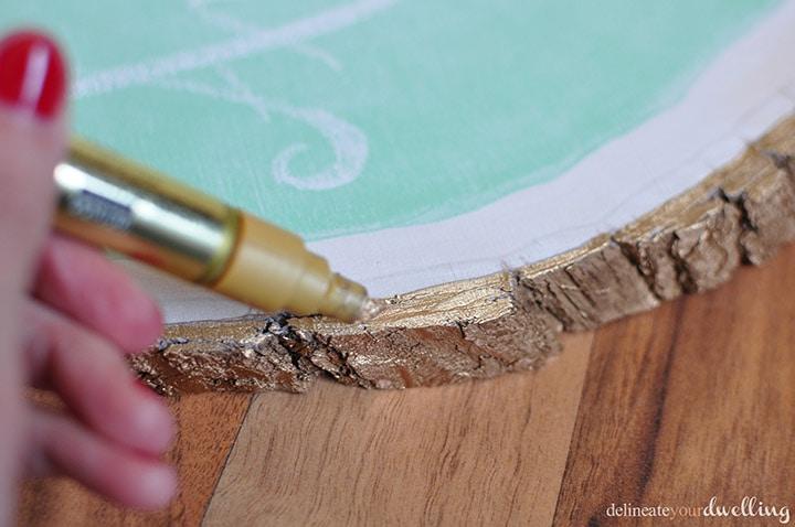 Tree Stump Chalkboard, Delineate Your Dwelling #chalkboard #MarthaStewartpaint #treestrump