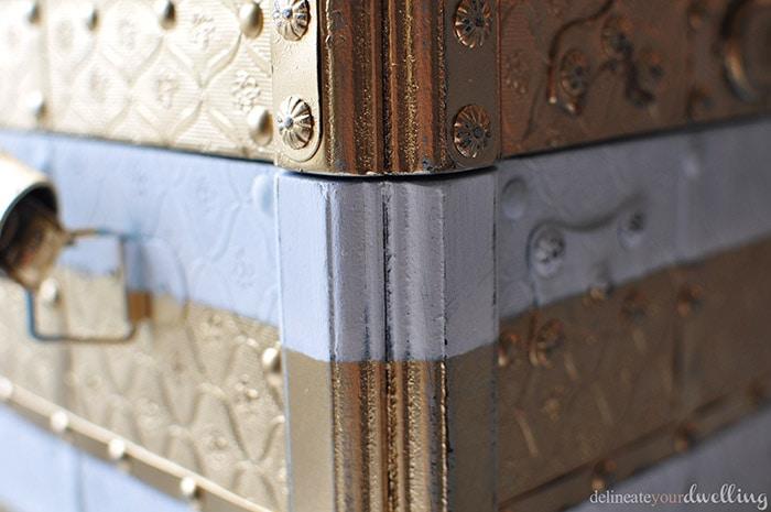 Trunk corner details