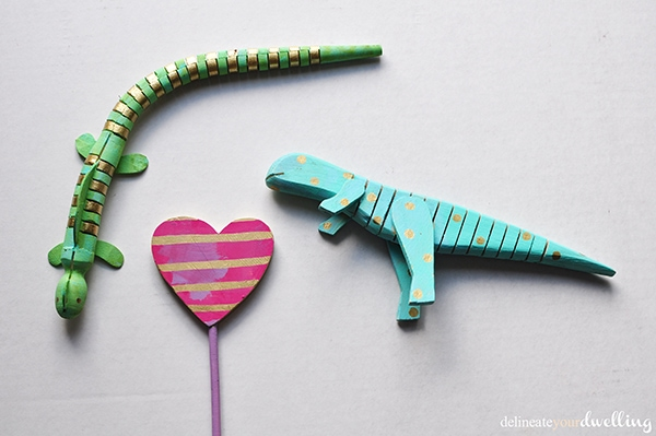 Simple Painted Wooden Toys, Delineate Your Dwelling