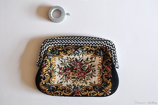 Fabric Clutch taped, Delineate Your Dwelling
