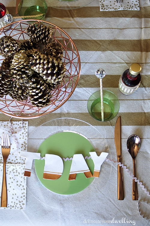 Thanksgiving Table layout, Delineate Your Dwelling