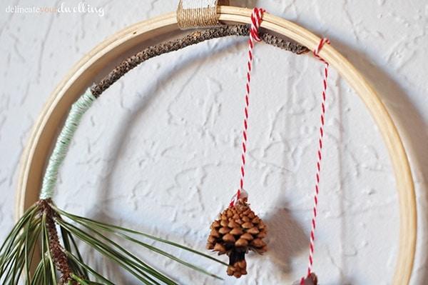 Evergreen Hanging Hoop pinecones