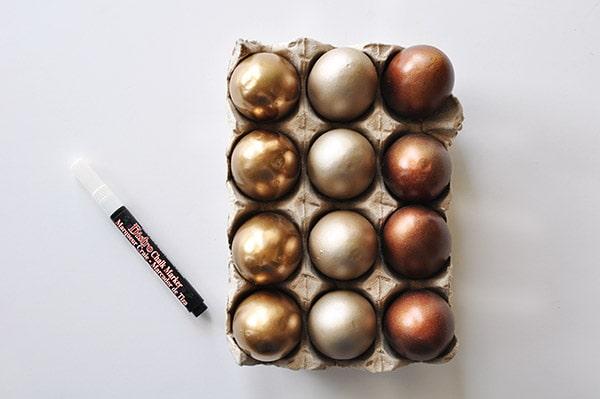 DIY Metallic Easter Eggs chalk