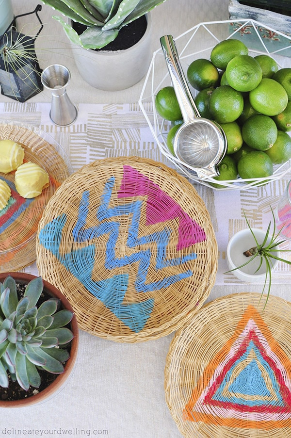 Learn how to update those old wicker plate chargers and transform them to trendy modern Bohemian plates for your next summer hangout!  The perfect summer painting craft. Delineate Your Dwelling #summerentertaining #bohocraft