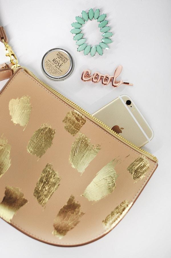 DIY Gold Brushstroke Clutch, Delineateyourdwelling.com