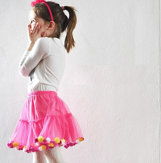 1 No Sew Pom Pom Party Skirt