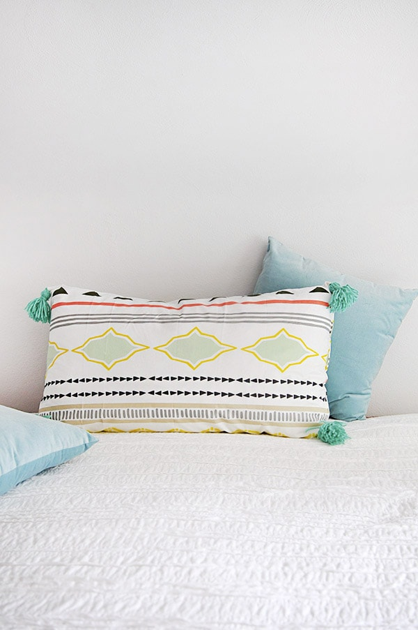 Bed Lounge Tassel Pillow