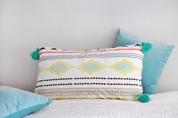 Sew Tassel Pillow