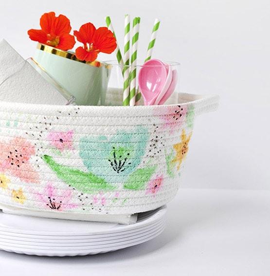1 DIY Watercolor Basket