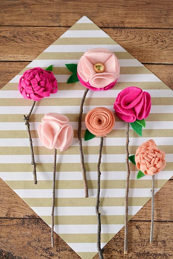 Make-Your-Own-DIY-Felt-Flowers