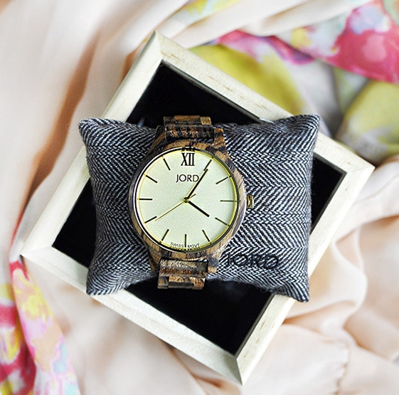 1-statement-piece-jord-wooden-watch