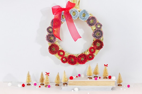 diy-ombre-christmas-wreaths-1