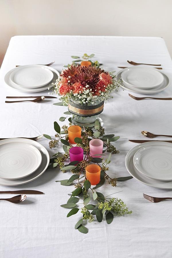 Minimal Thanksgiving Table