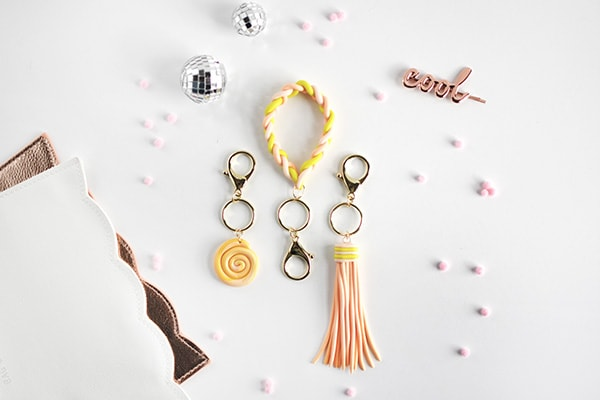 Clay DIY Keychains, Delineate Your Dwelling