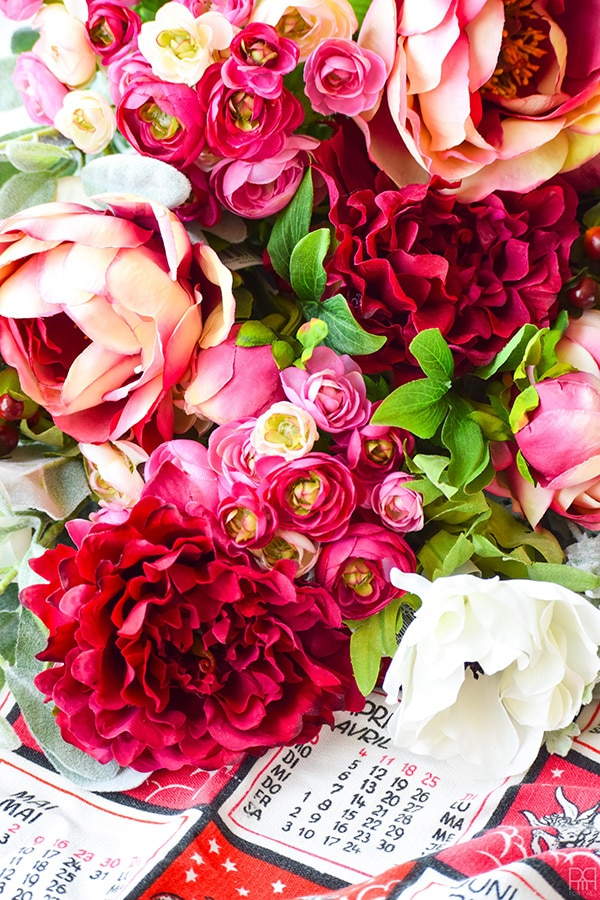 Red Fall-Floral-Centerpiece-2