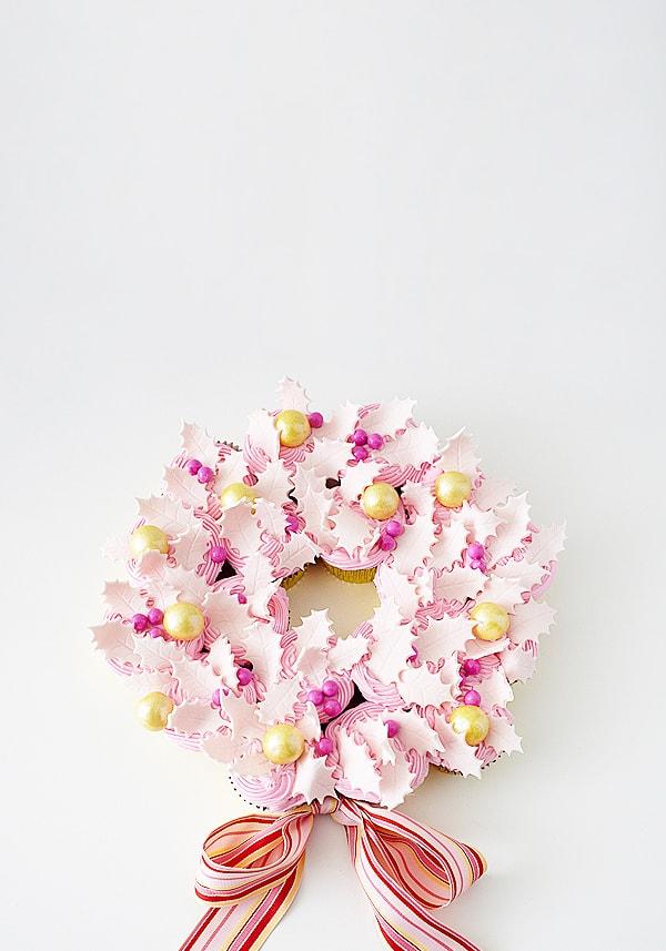 diy_cupcake_wreath_pink