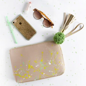 1-DIY-Paint-Splattered-Clutch