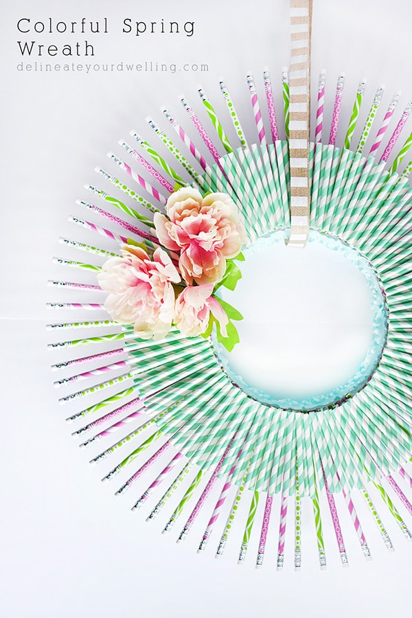 How to create a simple and Colorful Spring Wreath, Delineate Your Dwelling