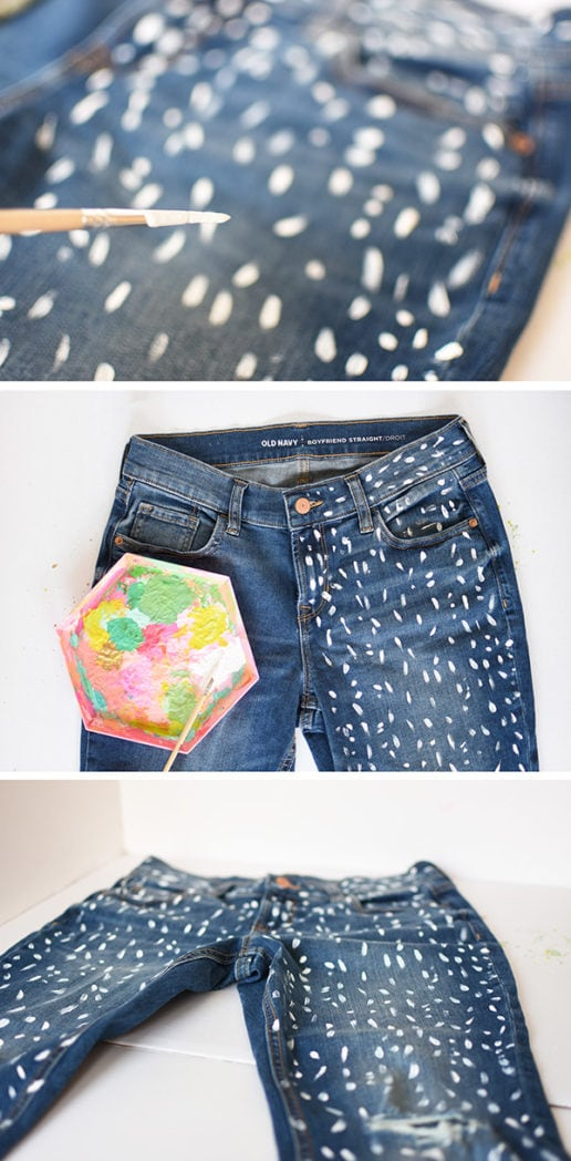 Learn how to make a simple and stylish DIY Blue Jean pattern with an easy tutorial! Create this fun white Paint Patterned Denim Jean which is perfect for a night on the town. Delineate Your Dwelling #paintbluejeans #paintedjeans #whitepatternjeans