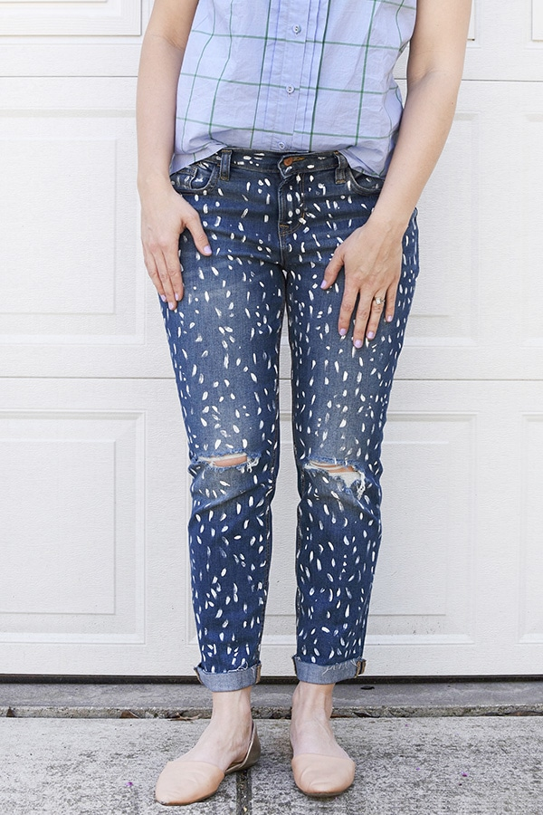 Fun to create DIY White Painted Patterned Jeans, Delineate Your Dwelling
