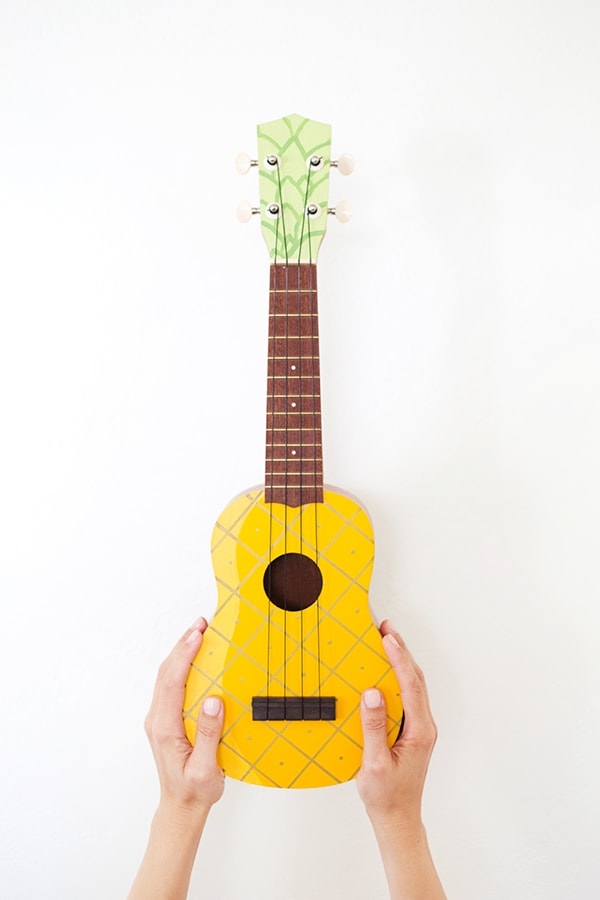 yellow diy-pineapple-ukulele3