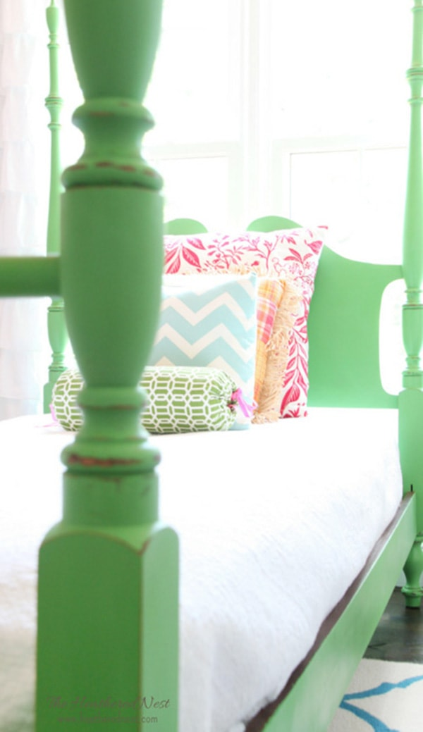 DIY-green chalk-paint-poster-bed-makeover-5