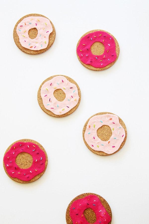 cork-felt-donut-coasters-white