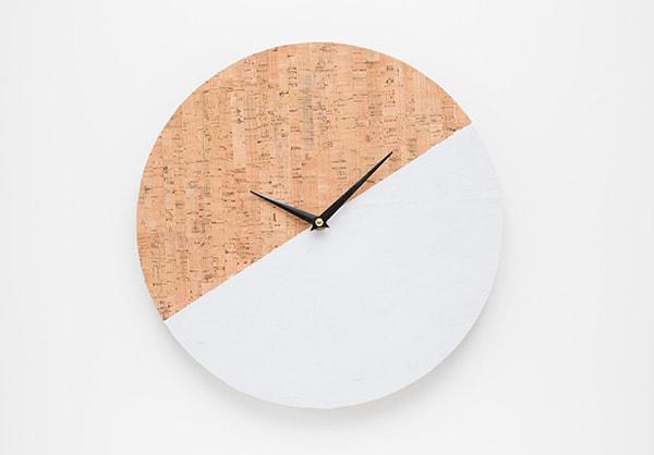 diy-cork clock