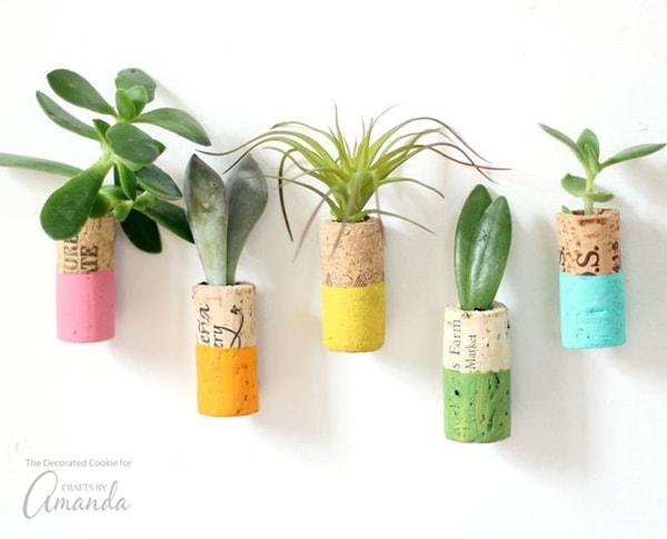 wine-cork-planters