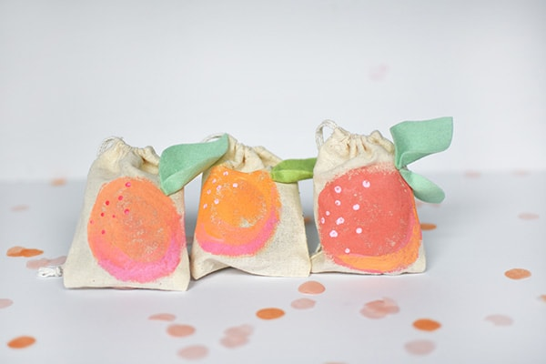 Mini-Peach-Painted-Bags
