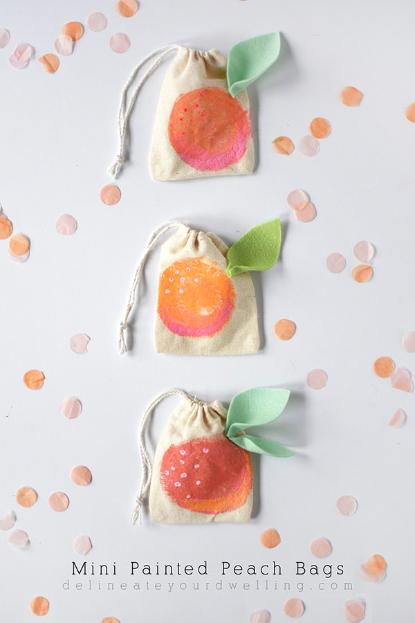 Fruity fun with these Mini Peach Painted Bags, Delineate Your Dwelling