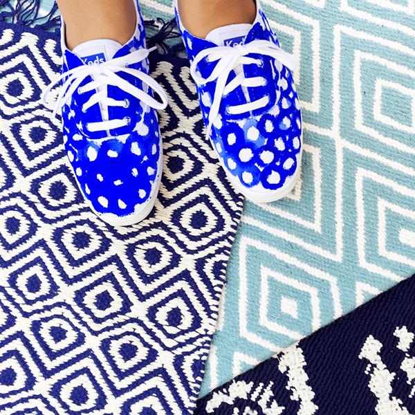 blue carpets_shoes