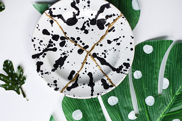 How to create your own Kintsugi Plate, The idea is that the piece becomes more beautiful and valuable because it has been broken and has a history. Delineate Your Dwelling