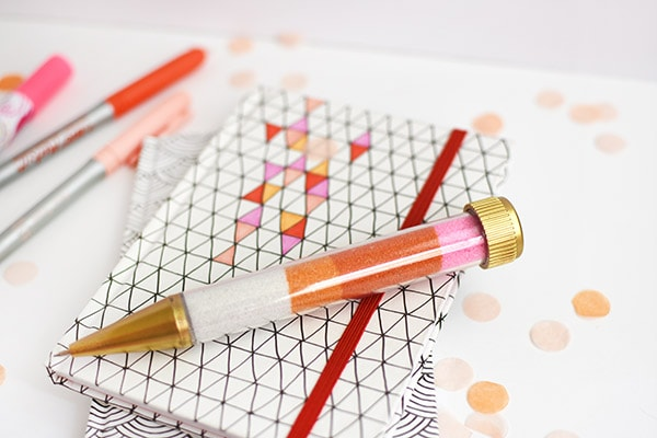 Fun to make and craft - Sand Art Pens! Delineate Your Dwelling