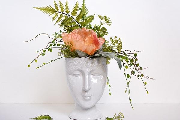 Face Planter Vase 1