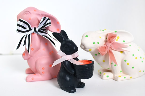 Learn how to make unique patterned Spring Bunny with polka dots. These fun centerpieces will be great additions to your Easter table this year. Delineate Your Dwelling #springbunny #bunnycenterpiece