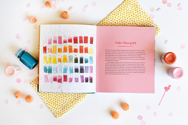 Hello Color Creative Book, Delineate Your Dwelling