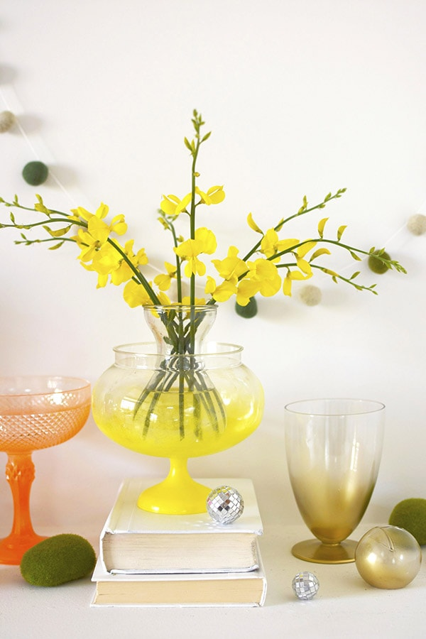 Colorful DIY Spring Vase Mantel Display, Delineate Your Dwelling