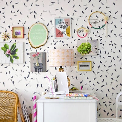 1 How to create a creative Office Gallery Wall 1
