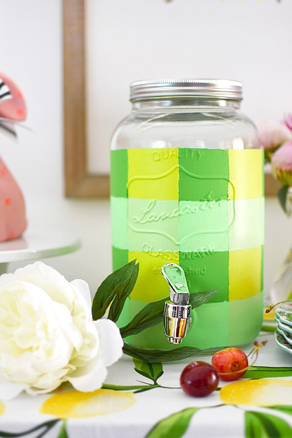 How to create a colorful Buffalo check water dispenser! Delineate Your Dwelling