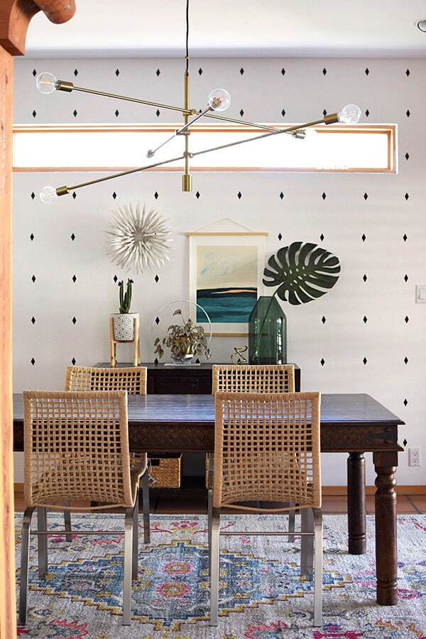 How to create a Modern Southwest Dining Room with minimal effort! Delineate Your Dwelling #modernsouthwest #southwestdiningroom #moderndiningroom