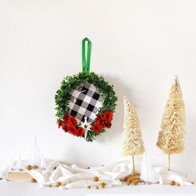 1-Buffalo Check holiday wreath