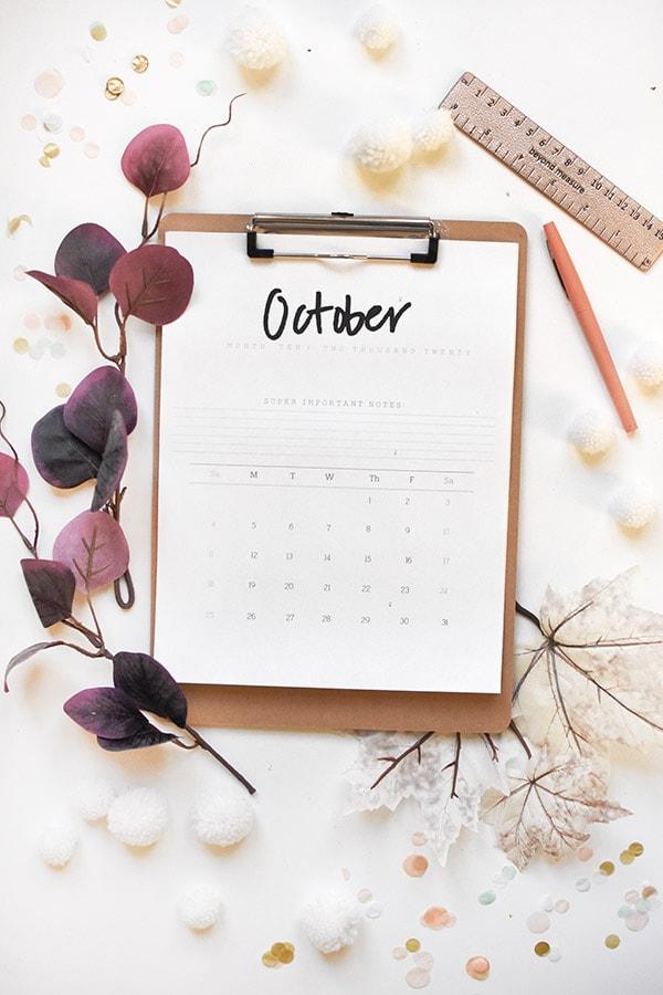 2020 FREE Hand Lettered October Calendar