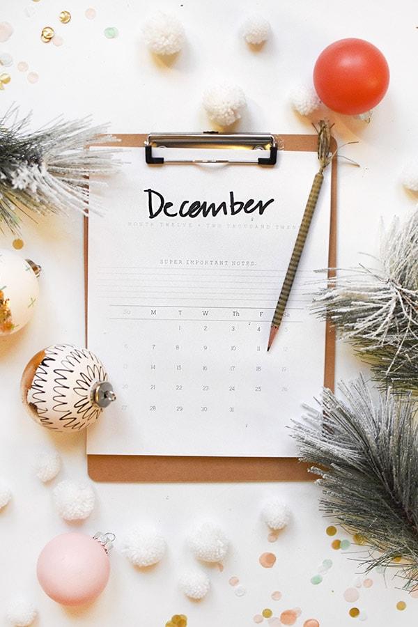 2020 FREE Hand Lettered Printable December Calendar